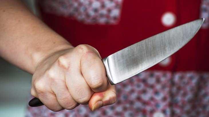 Брянская пенсионерка убила мужа на даче