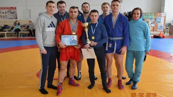Брянские борцы УФСИН победили в соревнованиях по боевому самбо