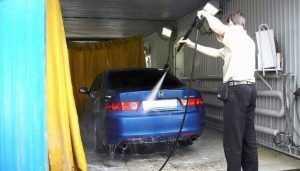 В Брянске за неделю закрыли четыре незаконные автомойки