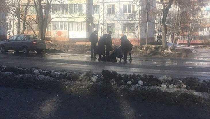 В Брянске в переулке Пилотов автомобилистка сбила ребенка