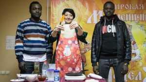 Иностранные студенты БГИТУ познали вкус блинов