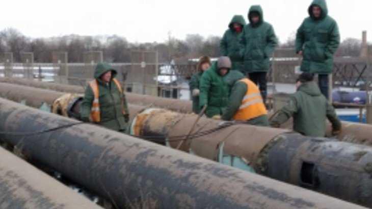 В Брянске прорыв водопровода в Фокинском районе устраняют 4 бригады