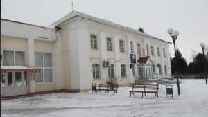 Выборы главы администрации Комаричского района сорвались