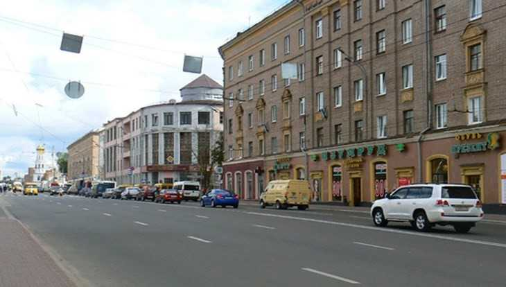 В центре Брянска 13 марта ограничат движение и парковку