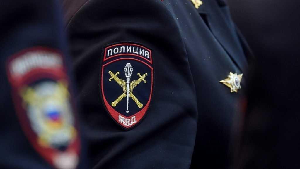 В Брянске полиция задержала ограбившего магазин водителя легковушки