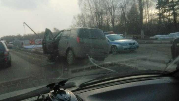 В Бежицком районе Брянска из-за ДТП образовалась пробка