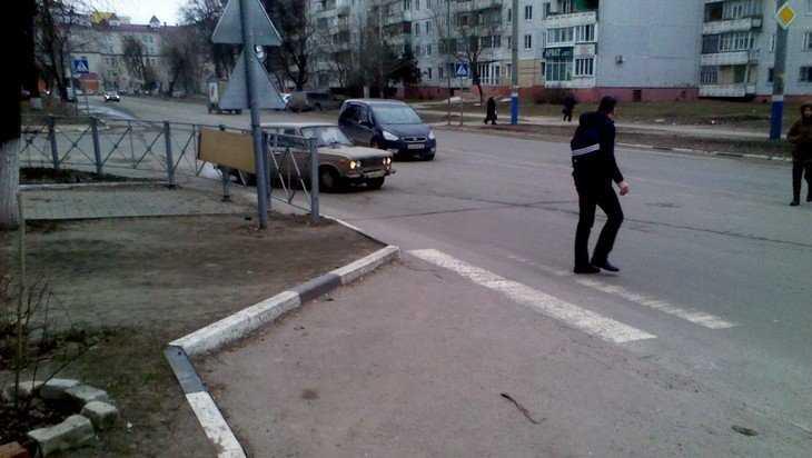 Жителей Брянска возмутили манипуляции с «зебрами» и заборами