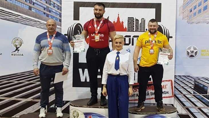 Атлет из Суража выиграл всероссийский турнир по пауэрлифтингу