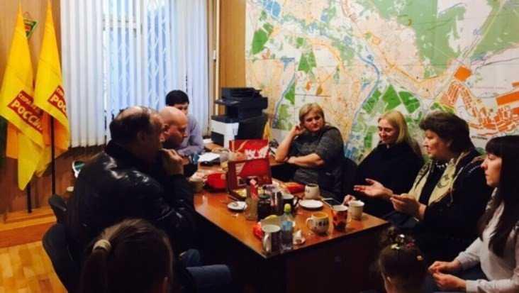 Брянские активисты рассказали москвичам о битве за права жильцов