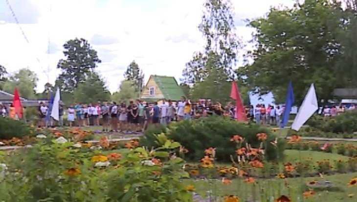В санаториях и лагерях Брянской области летом отдохнут 63 тысячи детей