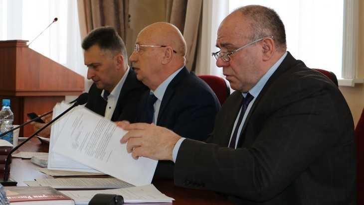 Брянские депутаты решили давать деньги не торговле, а производству
