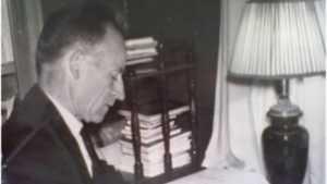 В трубчевском музее открыласьвыставка памяти Василия Падина