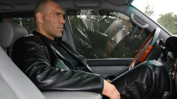 Брянского депутата Валуева попросили запретить таксистам разговоры по телефону