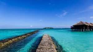 Глава Гидрометцентра дал совет россиянам в мае отдыхать на Мальдивах