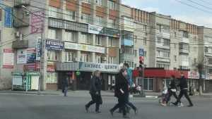 В Брянске киоск шаурмы спрятался за углом от отцов города