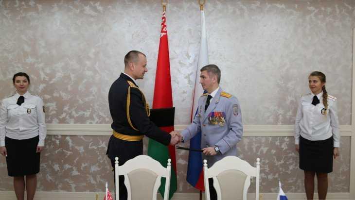 Брянские правоохранители отпраздновали 100-летие гомельской милиции