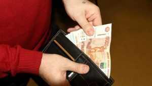 В Клинцах полицейские задержали укравшего 5000 рублей парня