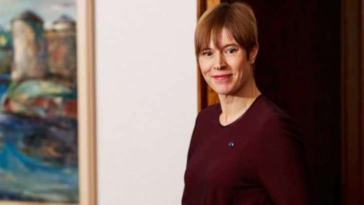 Президент Эстонии Кальюлайд просит встречи с Путиным