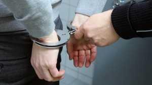 Полковника ФСБ России задержали за многомиллионные взятки