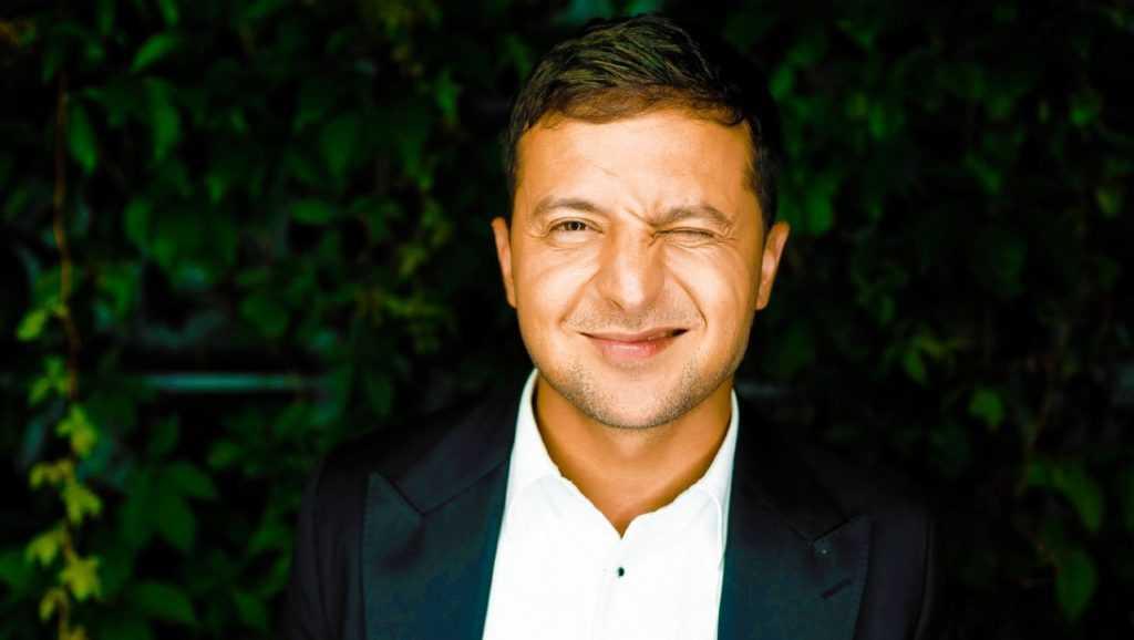 Зеленский заявил, что Порошенко не хочет отдавать ему булаву