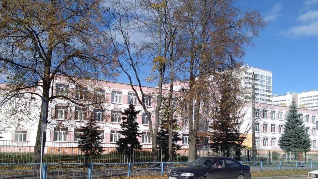 Брянская гимназия №1 заняла 2 место в сотне престижных школ страны