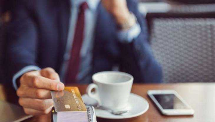 В брянском кафе у посетителя украли телефон и банковскую карту