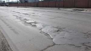 В Брянске расширят дорогу на Литейной улице