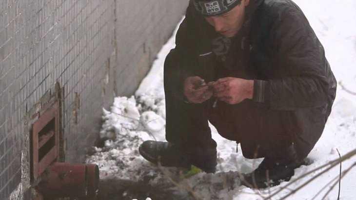 В Брянске двоих иностранцев осудили за сбыт наркотиков