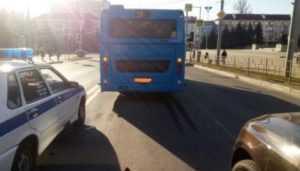 В Брянске в двух автобусах ЛиАЗ упали и разбились пенсионерки