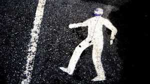 Под Почепом водитель Mitsubishi задавил сидевшего на дороге мужчину