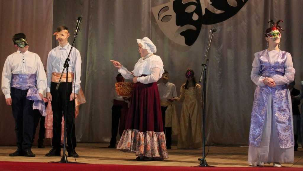 В Суземке прошел муниципальный этап фестиваля «Театр на школьной сцене»