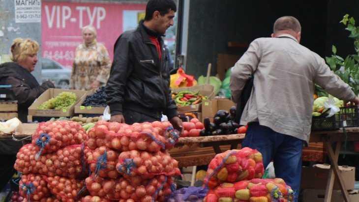 Брянские земледельцы попросили спасти их и покупателей от ядовитых овощей