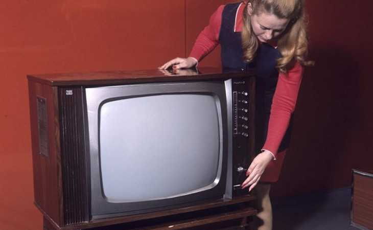 В Брянске открыли «горячую линию» по переходу на цифровое телевидение