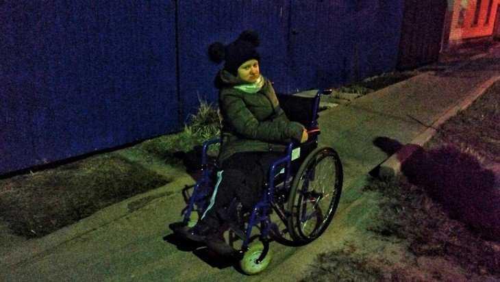 «Объедешь»: в Брянске водитель нахамил ребенку-инвалиду