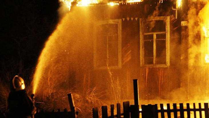 При пожаре в Погарском районе погиб 62-летний мужчина