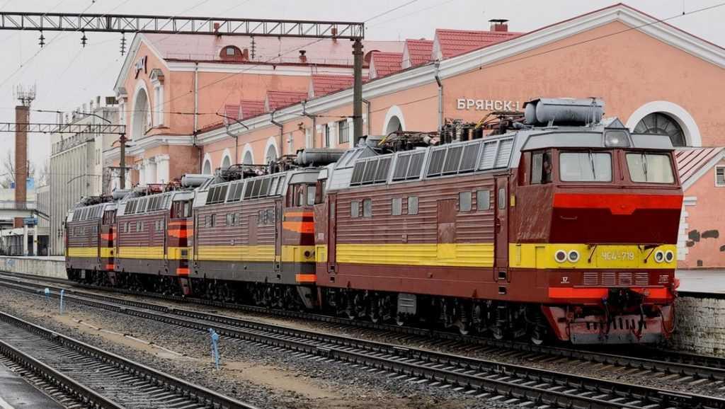 Дополнительные пассажирские поезда на юг будут курсировать через Брянск и Смоленск