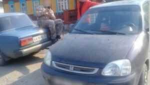 В Брянске водителя  Honda оштрафовали за стоянку на тротуаре