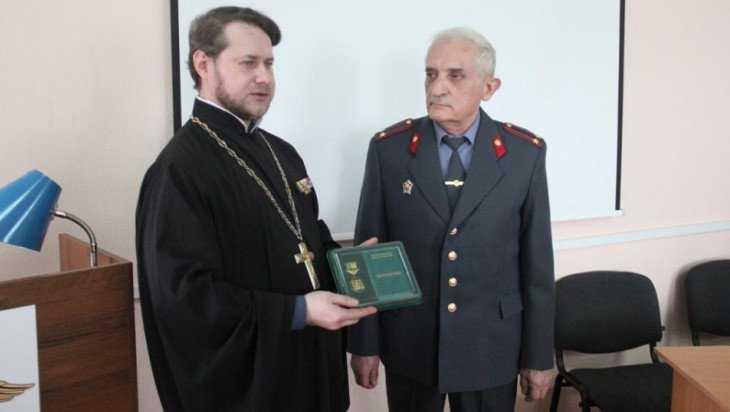 Криминалист получил медаль за поиски мощей святого Олега Брянского