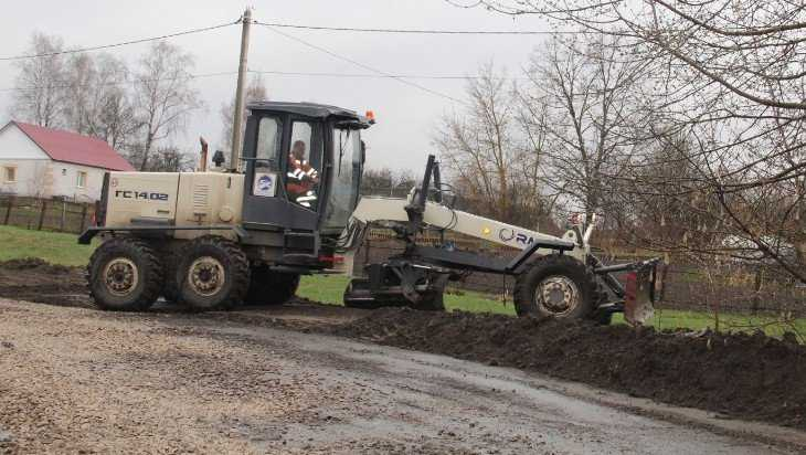 В Брасове начали ремонт объездной дороги