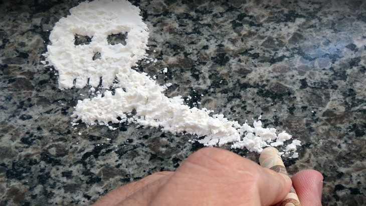 В Брянске отдали под суд банду из десяти молодых наркоторговцев
