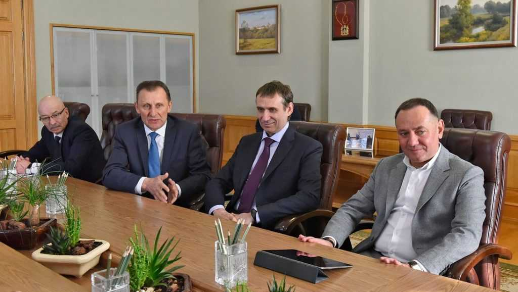 В Брянске прошла встреча председателя Среднерусского банка ПАО Сбербанк и губернатора
