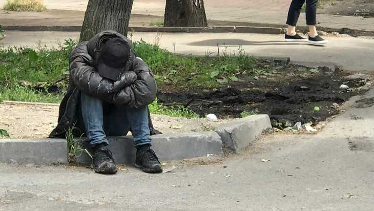 В Брянске на Бежицкой улице 25-летний бомж изнасиловал прохожую