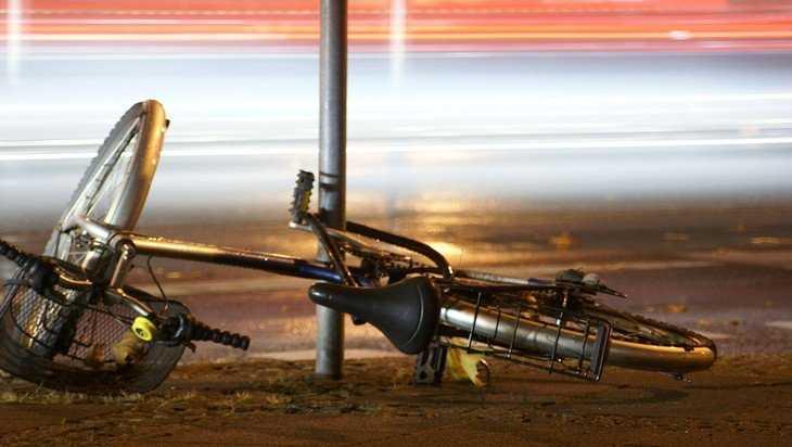 В Карачеве юный водитель Volkswagen сбил 78-летнюю велосипедистку