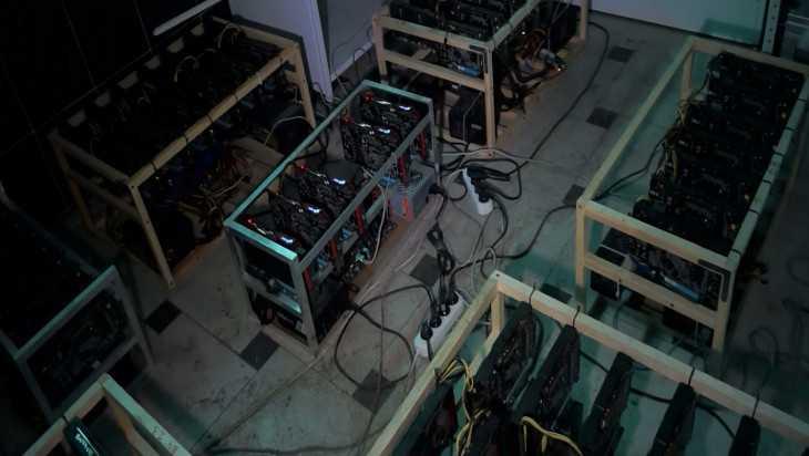 Брянца осудили за кражу компьютеров для добычи криптовалюты
