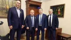 Брянскому депутату Николаю Валуеву вручили медаль