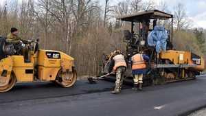 В Почепском районе развернулся ремонт дорог
