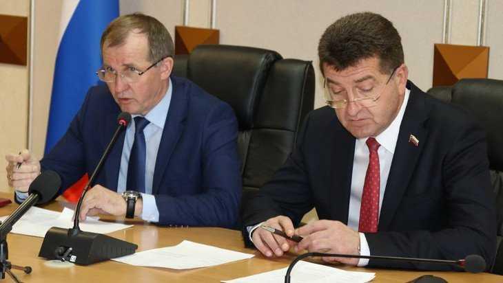 Руководители Брянска сообщили о своих доходах за прошлый год