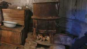 За кражу чугунков из заброшенной бани задержан житель брянской деревни