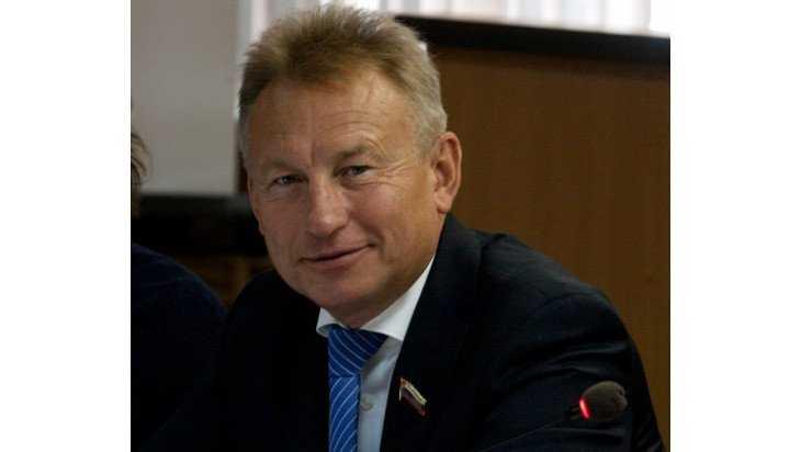 Стали известны самые богатые депутаты Брянского горсовета