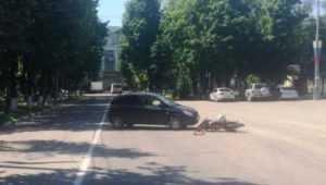 В Брянске возле ДК БМЗ девушка на Hyundai сбила мопедиста